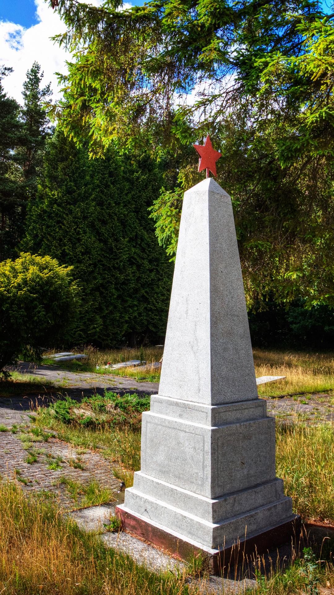 Bojano-Głodowo cmentarz radziecki